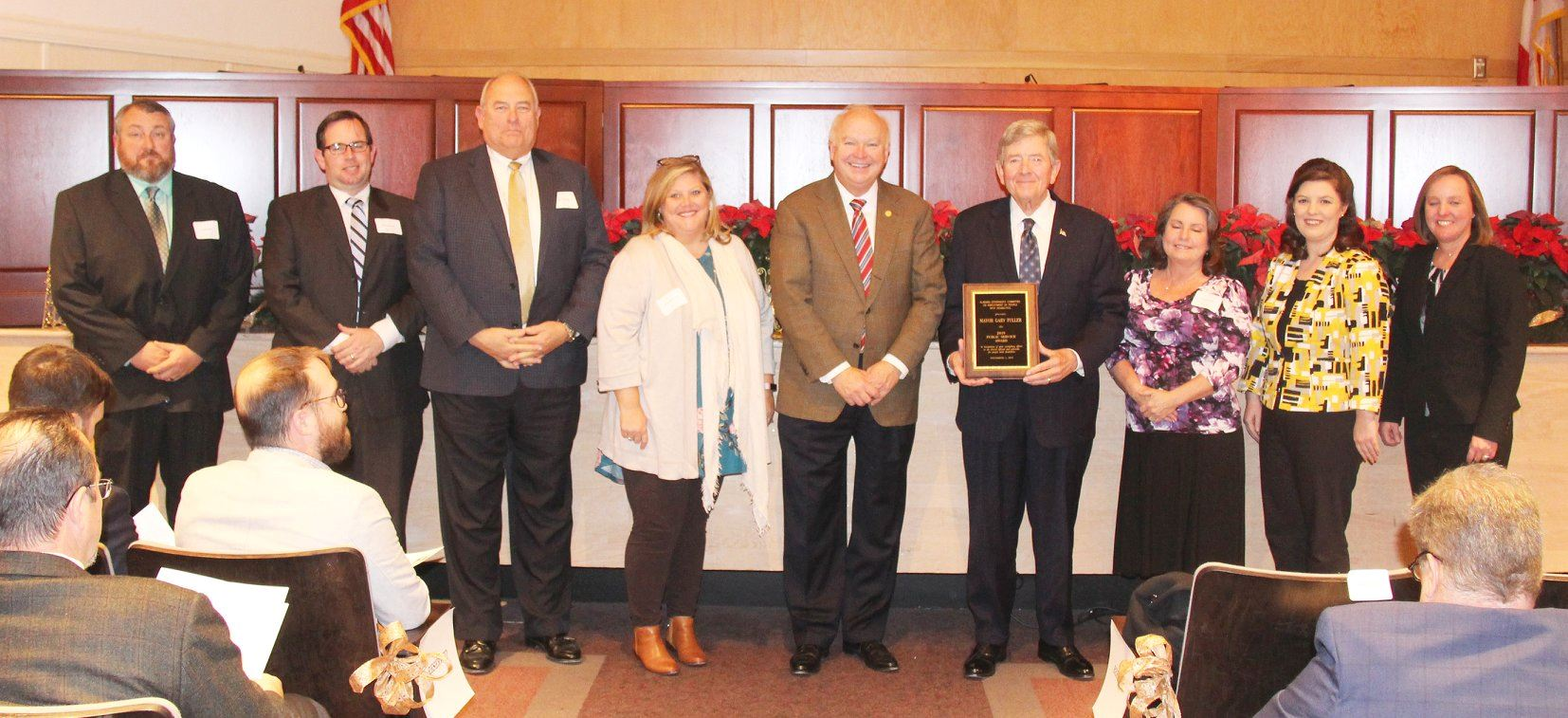THE CITY OF OPELIKA RECEIVES STATE PUBLIC SERVICE AWARD FROM ALABAMA GOVERNOR'S COMMITTEE OF PEOPLE